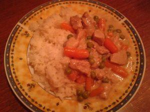 Zöldséges tokány főtt rizzsel