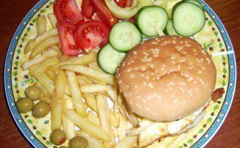 A kész hamburgertál