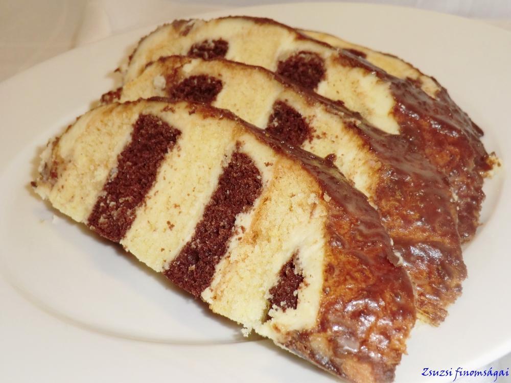 Egy szelet méretes sütemény