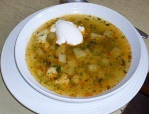 Egy tányér karalábé leves