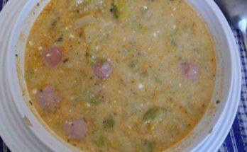 Egy tányér majoránnás frankfurti leves