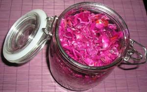 Egy üveg lila csalamádé