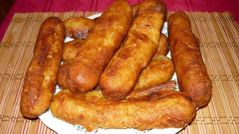 Krumplis tésztában sült virsli