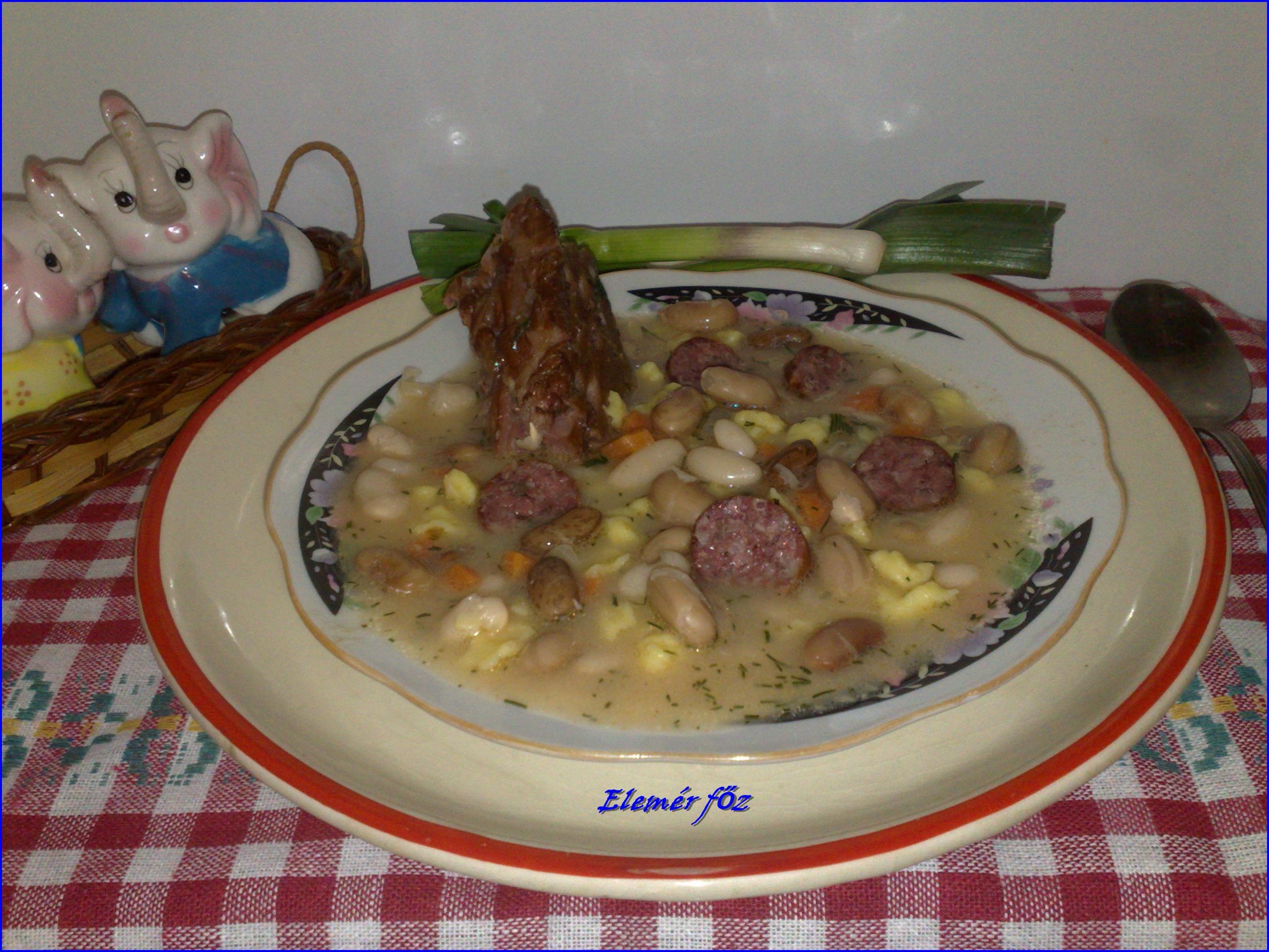 Egy tányér kapros bableves